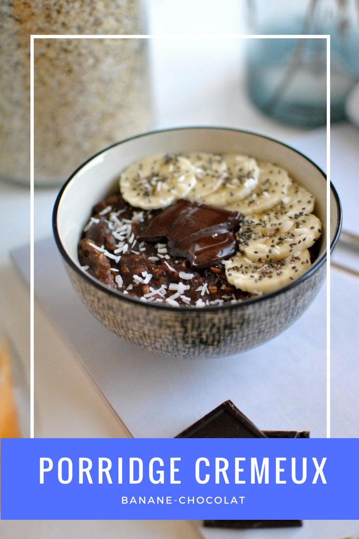 porridge crémeux banane chocolat pour un petit-déjeuner tout en douceur ! Recette à retrouver dans la rubrique food du blog le petit monde d'elodie