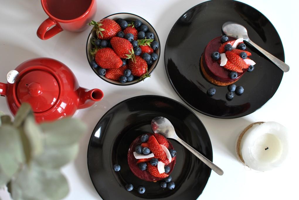 gâteau gourmand sablé et crème aux fruits rouges dessert food recette le petit monde d'elodie