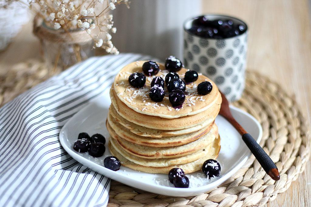 pancakes au lait d'amande sans sucre lepetitmondedelodie