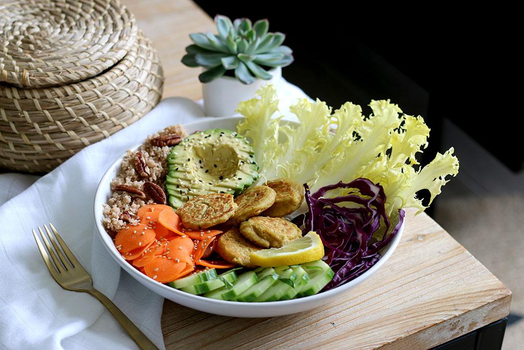 recette de buddha bowl vegetarien par lepetitmondedelodie
