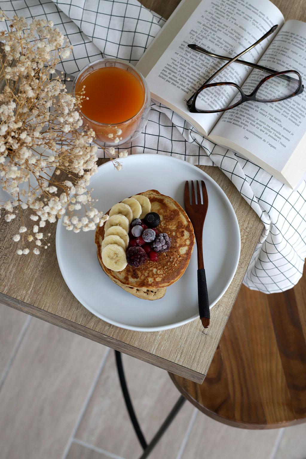 pancakes à la farine de sorgho par le petit monde d'elodie