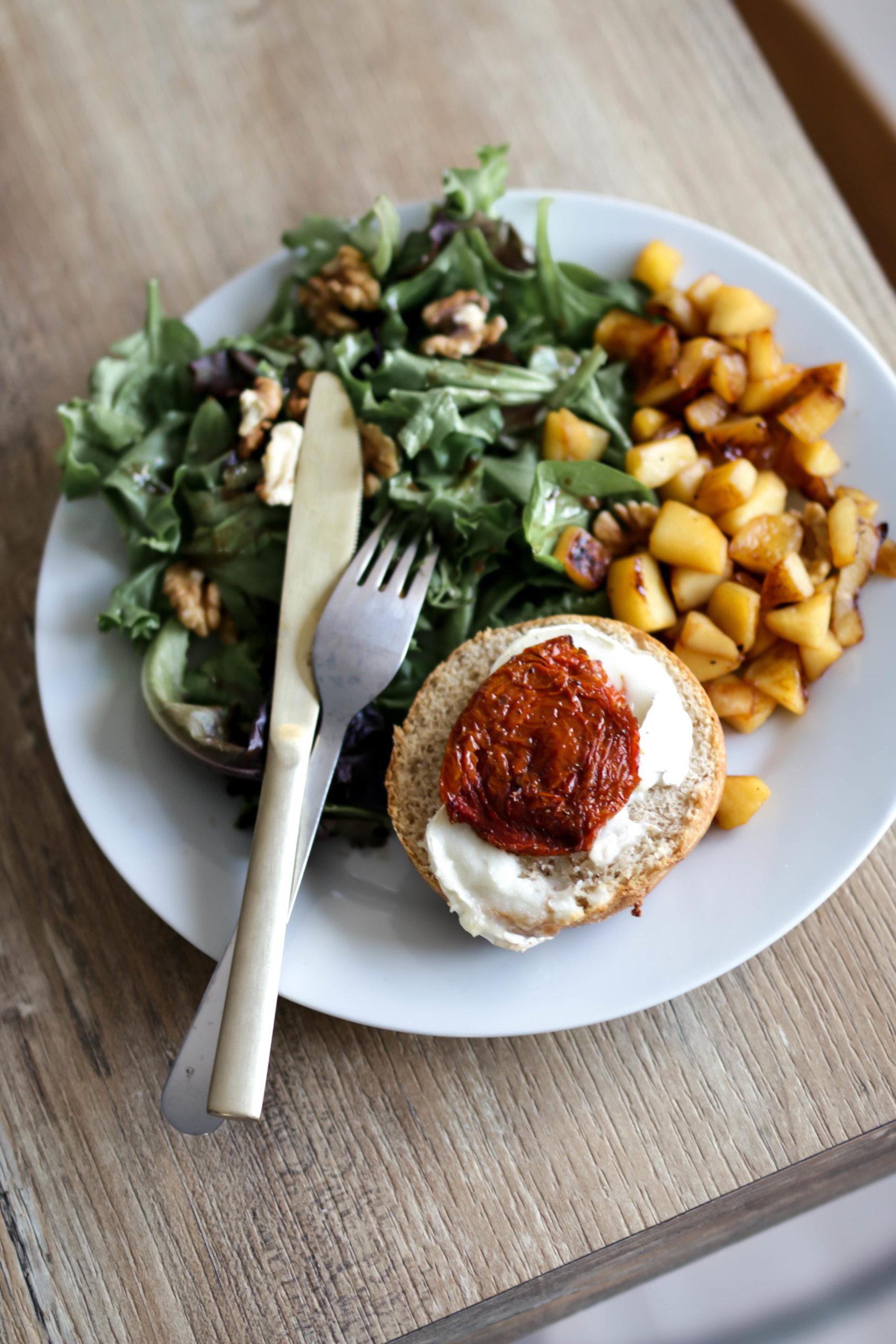 tartines chèvre et tomate confite