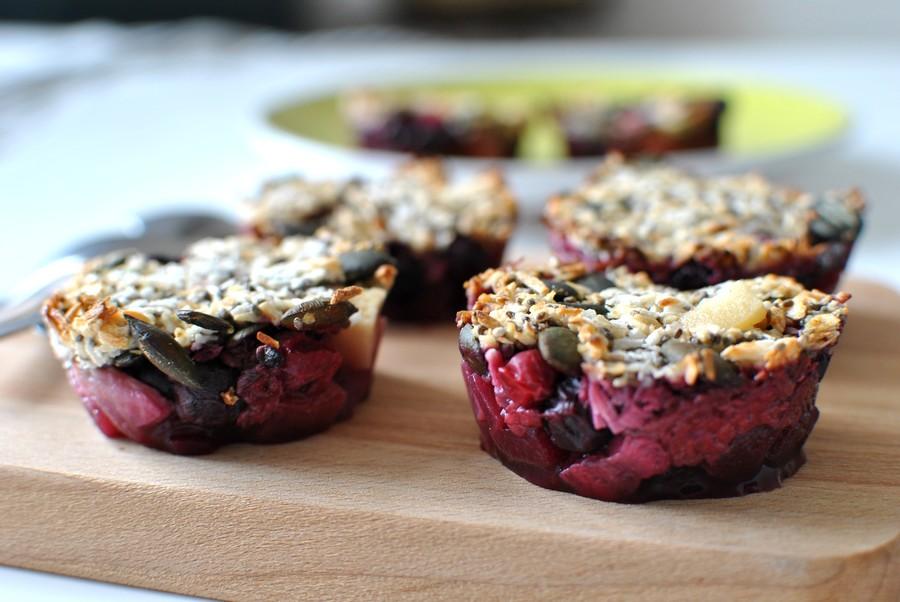crumble healthy pomme banane fruits rouges recettes dessert fruits food le petit monde d'elodie