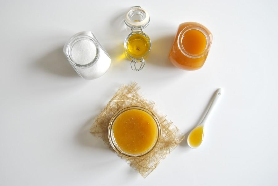 diy gommage corps miel sucre huile d'olive beauté le petit monde d'elodie