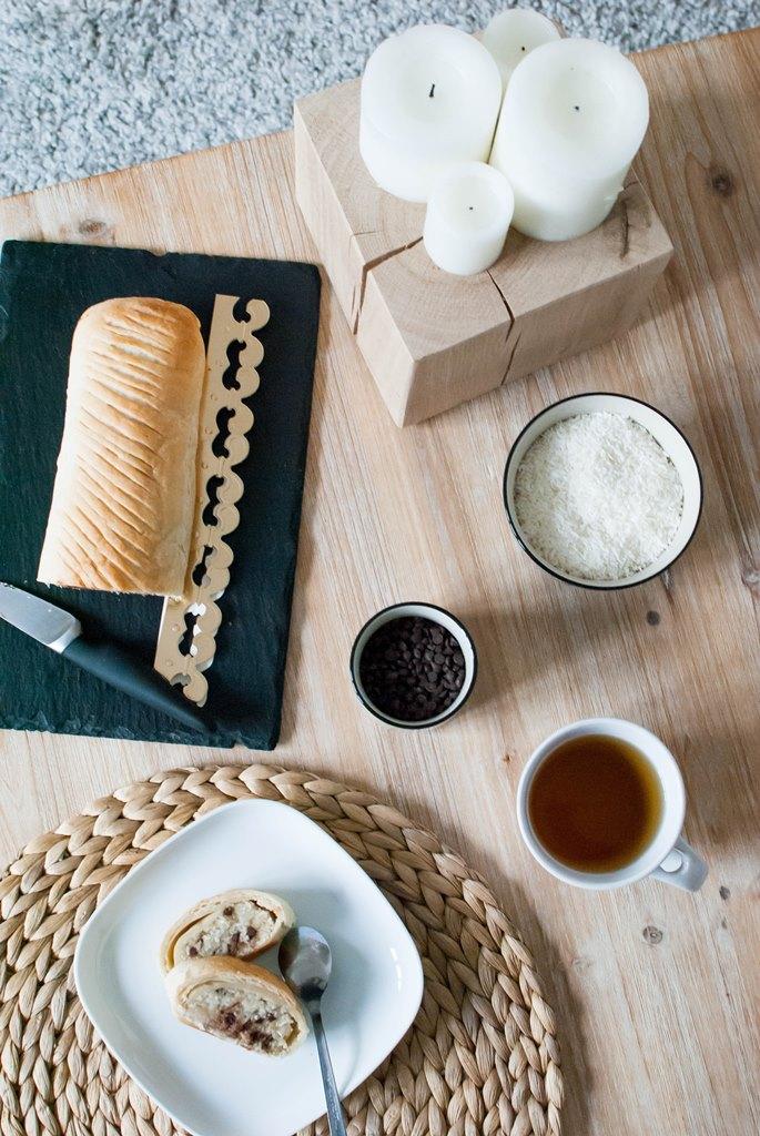 recette vegan galette des rois roulée frangipane noix de coco et pépites de chocolat food le petit monde d'elodie
