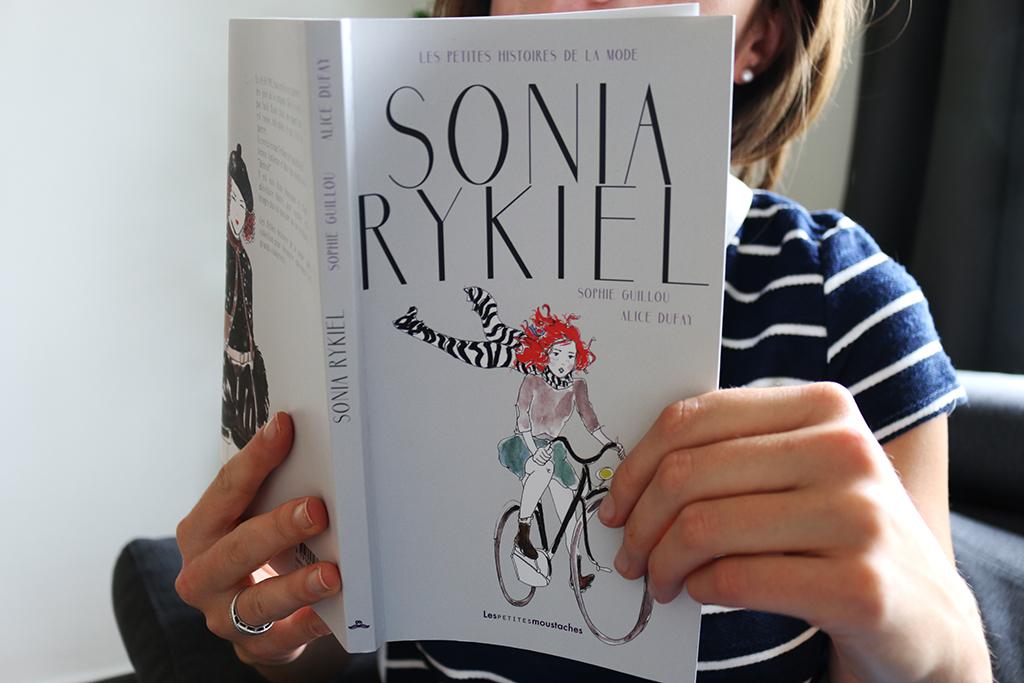 sonia rykiel, aux éditions jeunesse les petites moustaches, écrit par sophie guillou, illustrations par alice dufay