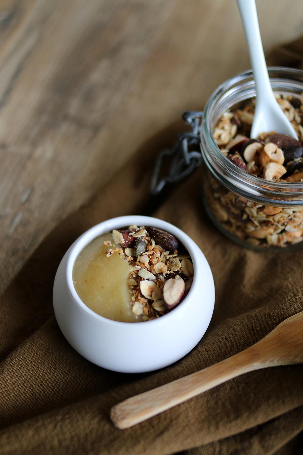 granola dans une compote