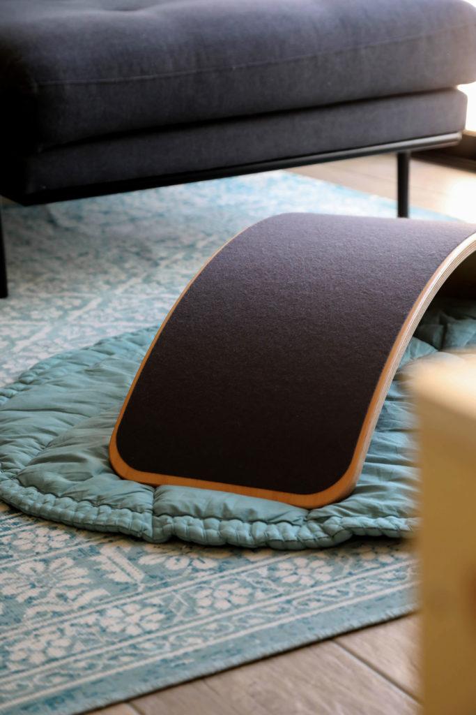 planche wobbel dans un salon