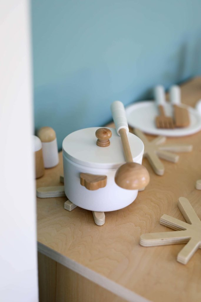 casserole en bois pour enfant