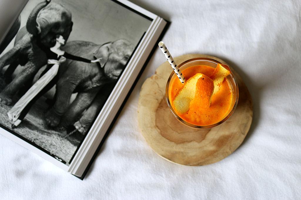 jus de fruits bonne mine pour un bronzage parfait pour les vacances d'été, recette par le petit monde d'elodie